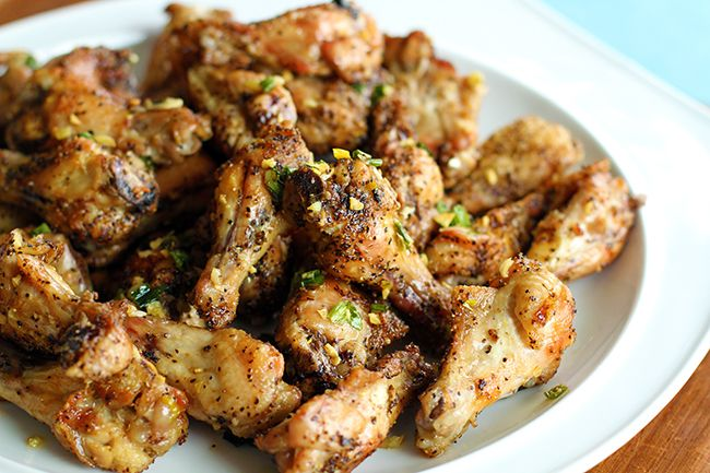 Amazing Salt and Pepper Baked Chicken Wings with sesame oil, garlic ...
