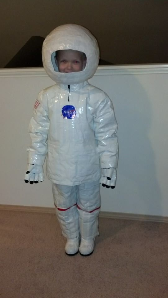 make your own astronaut helmet costume - photo #36