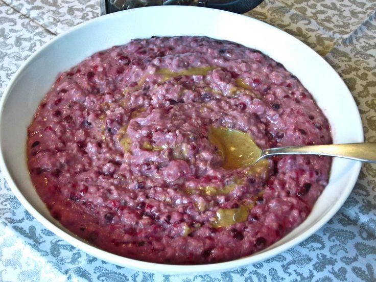 Berry Oatmeal hmmm...