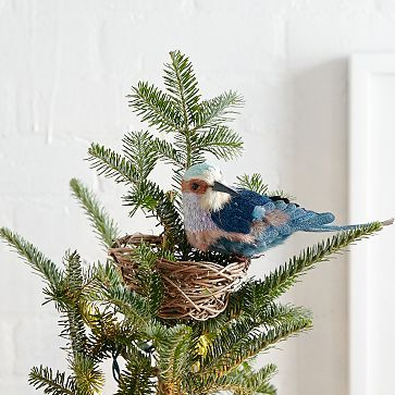 Great idea, I can easily make this! Bird's Nest Tree Topper #westelm