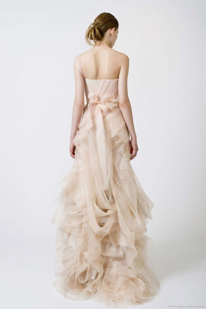 Vera Wang Wedding Dresses Art Nouveau Fashions From The Paradise