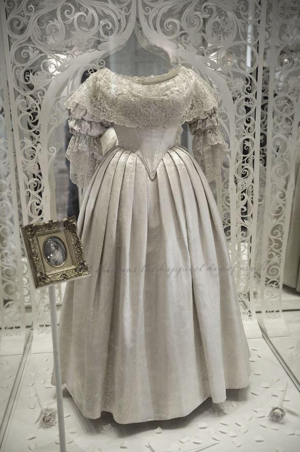 Kensington Palace Royal Wedding Dresses Book : Display at kensington palace queen victoria s dress from her wedding