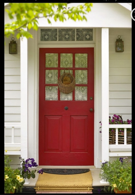 One clear clutter from your yard pathway and front porch - Feng shui front door colors ...