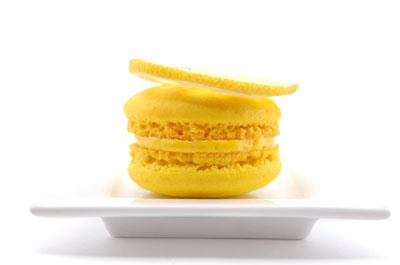 lemon macaron | Can't Wait to Sink My Teeth Into This | Pinterest