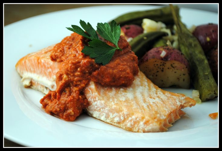 Salmon with roasted red pepper pesto | Foods | Pinterest