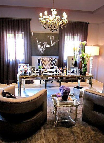 Khloe Kardashian office