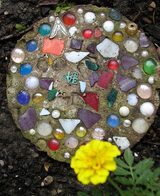 Украшение дачного участка своими руками из камней