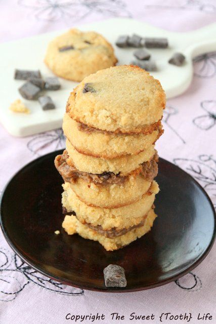 Dairy Free} Chocolate Chunk Cake Cookies with almond butter frosting ...