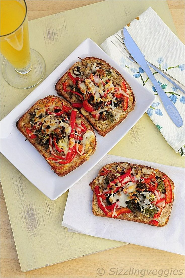 More like this: bell pepper , mushrooms and peppers .