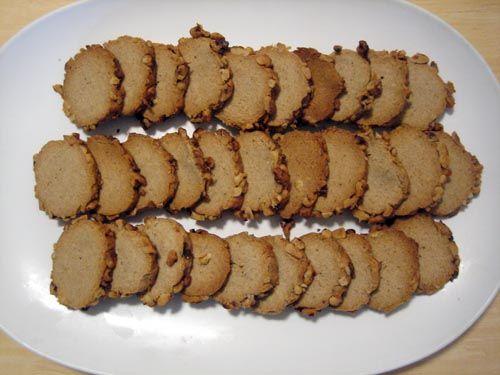 bleu cheese/walnut crackers