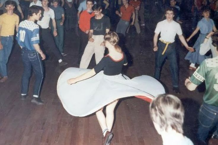 Northern Soul Dancers - Circle Skirt