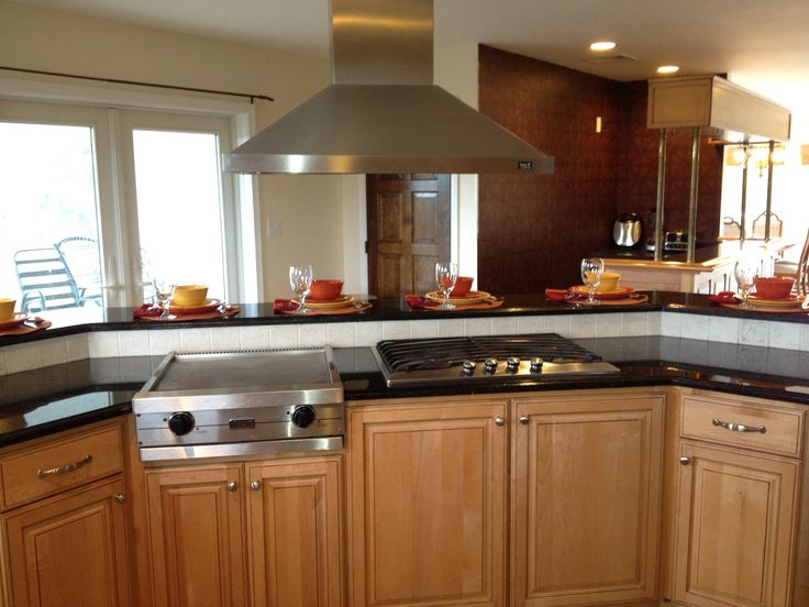Countertop Stove With Grill : Grill and stove with range hood facing out towards the countertop bar ...