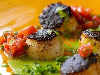 Blackened Sea Scallops, Green Onions & Roasted Tomatoes