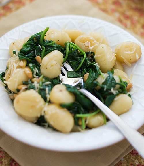 brown butter gnocchi with spinach via gastrogirl...YUM