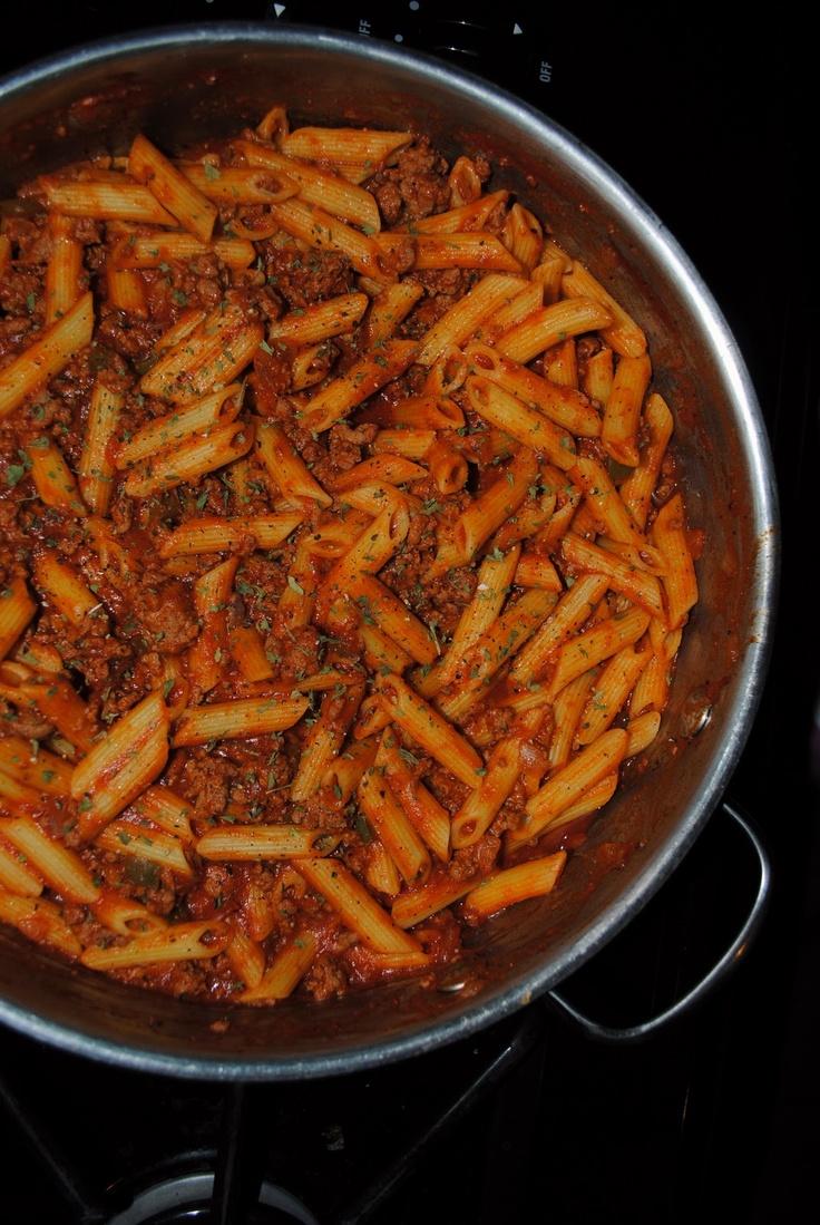 my kaotic kitchen: goulash Waaaaaaay too much pasta if you follow this ...