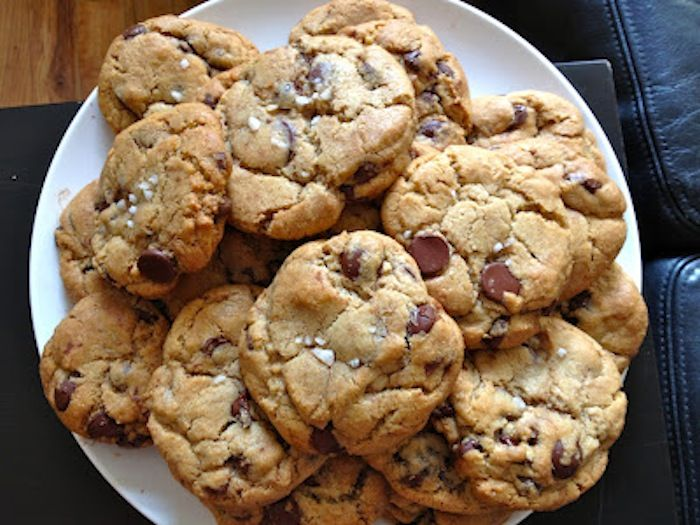 The best chocolate chip cookies I've ever baked. - Two Red Bowls