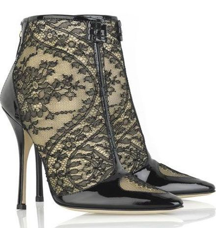 Stunning shoes! Like it a lot!    Roberto Cavalli lace ankle boots