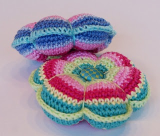 How to crochet a pin cushion - Mollie Makes