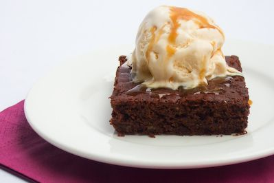 sticky toffee banana brownies... | noms! | Pinterest