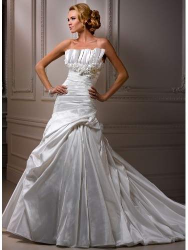 ligne robe de mariage en taffetas  Robe de Mariée pas cher  Pinte ...
