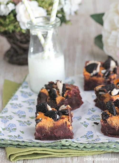 Pumpkin Cream Cheese Oreo Chunk Brownies | Recipe