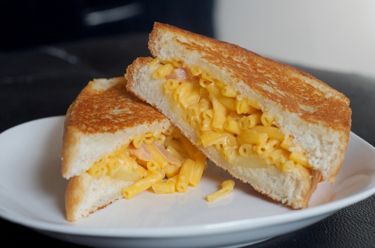 The Mac and Grilled Cheese Sandwich | Food I Want to Cook | Pinterest