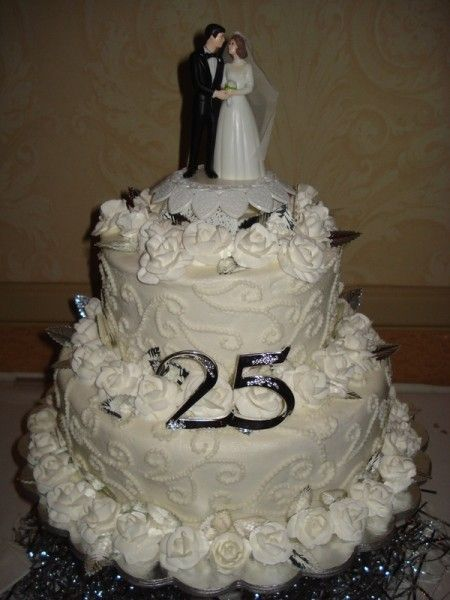 Cake Decorations For 25th Wedding Anniversary : 25th anniversary cake ;) & :) Party Pinterest