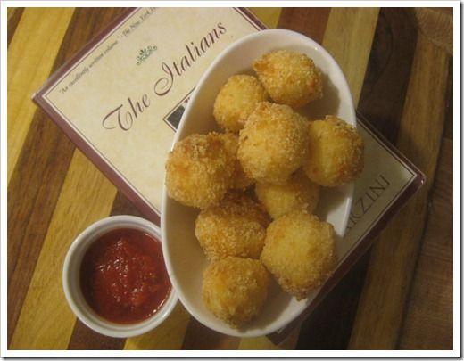 Gluten Free Appetizer–Fried Mozzarella Balls