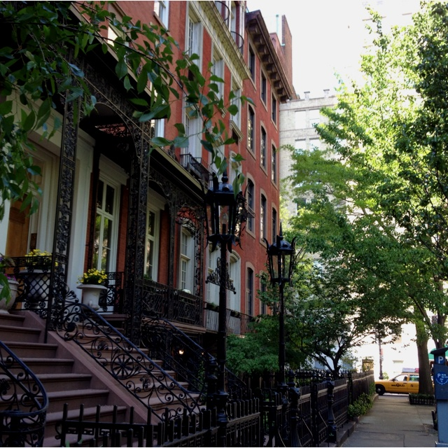 Gramercy park apartments one day nyc where dreamers for Gramercy park nyc apartments