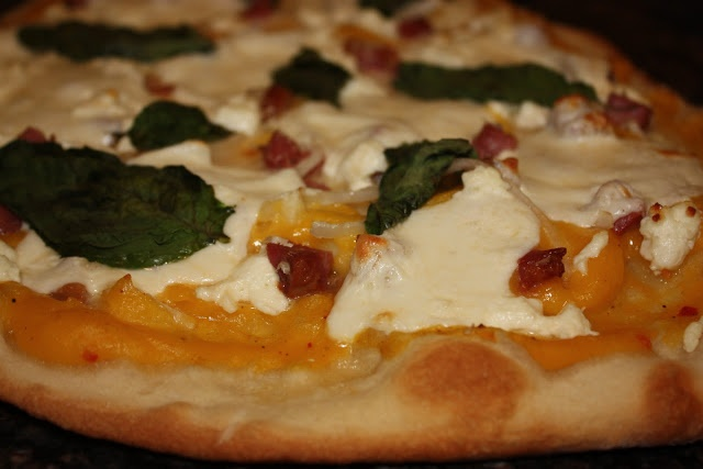Pizza with Butternut Squash Sauce, Goat Cheese and Pancetta
