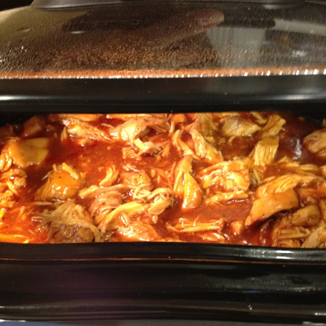 BBQ pulled chicken in the slow cooker! | food | Pinterest