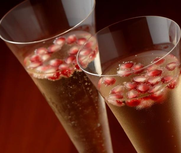 Pomegranate Champagne Punch | diabetic recipes | Pinterest