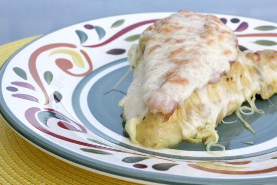 Honey Mustard Mozzarella Chicken - This is SO EASY! Drizzle chicken ...