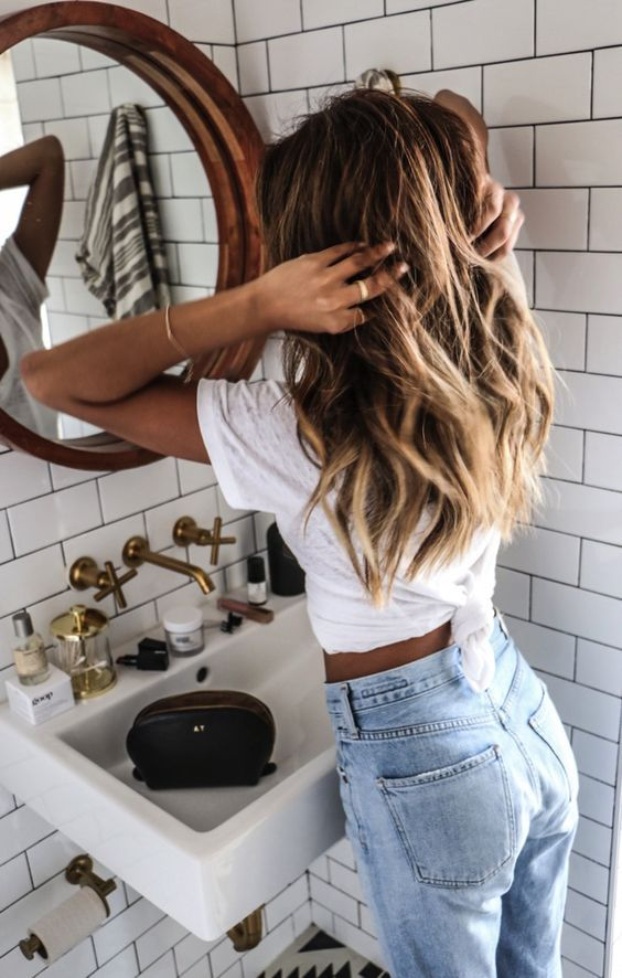 It's True: OUAI Texturizing Hair Spray Is the Best Thing to Ever Happen toHair