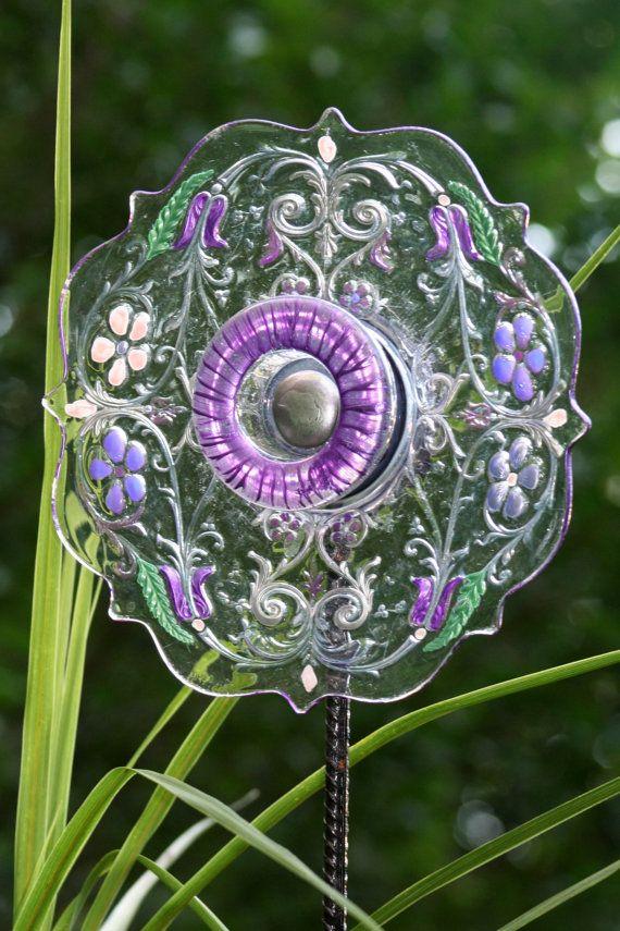 glass plate garden art yard art sun catcher on