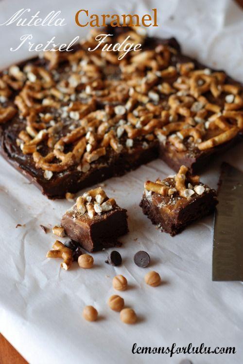 Nutella fudge with swirls of caramel and crushed pretzels pressed on top! www.lemonsforlulu.com