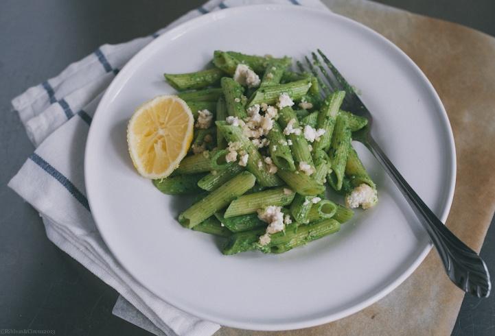Spinach-Basil Pesto Penne | nom nom nom | Pinterest