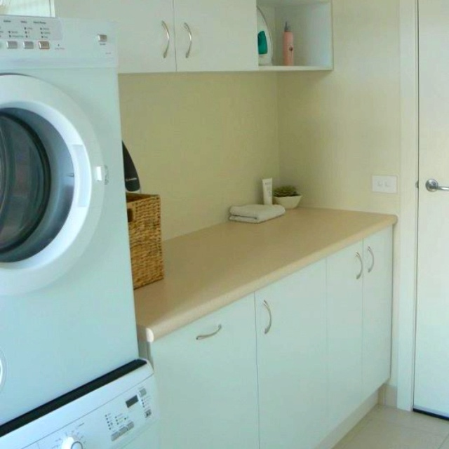 Nice, simple, useable laundry!
