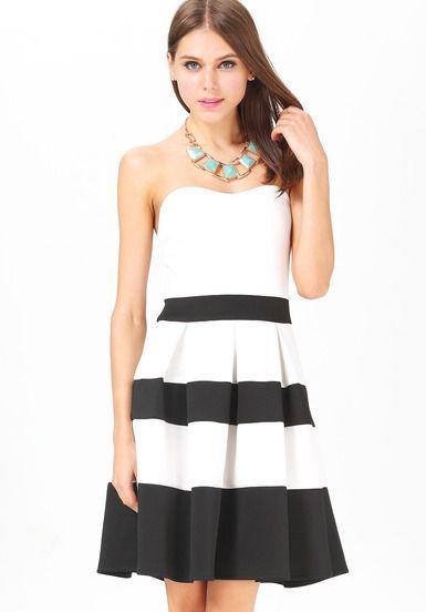 White black striped strapless pleated dress