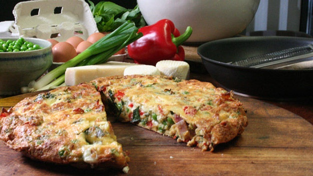 Bacon, pea and goat's cheese frittata | { foodie } | Pinterest