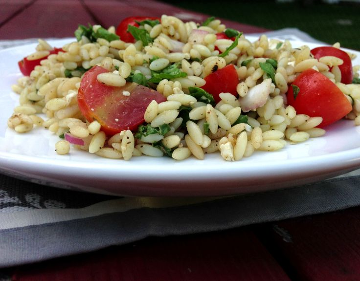 Spinach & Orzo Salad - a great alternative to summer pasta salads!
