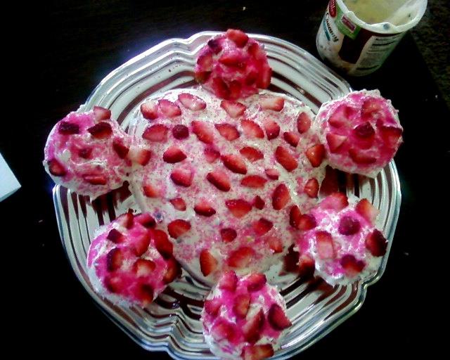 strawberry cake | Candy | Pinterest