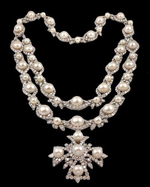100 каратов алмазов и превосходный жемчуг южных морей ~ Van Cleef & Arpels 1967