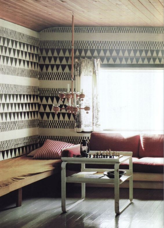 The B room: geometric wall pattern