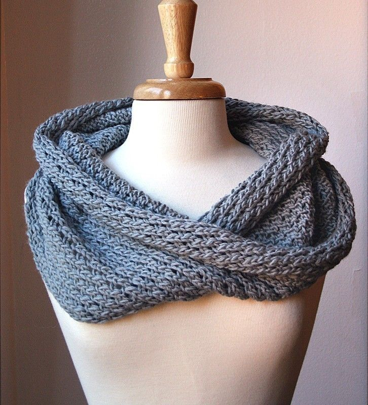 Knitting Pattern For Snood Scarf : Infinity Scarf KNITTING PATTERN. Circular scarf snood ...
