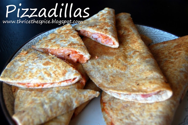 Pizzadillas - a kid favorite! Quesadillas that taste like pizza! So ...