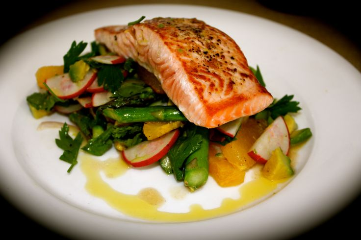 Seared Salmon with Warm Salad of Asparagus, Orange and Radish http ...