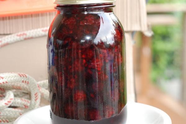 homemade blackberry liqueur | Drinks | Pinterest
