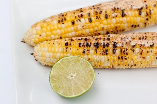 grilled corn with chili lime mayo--- perfect for summer!