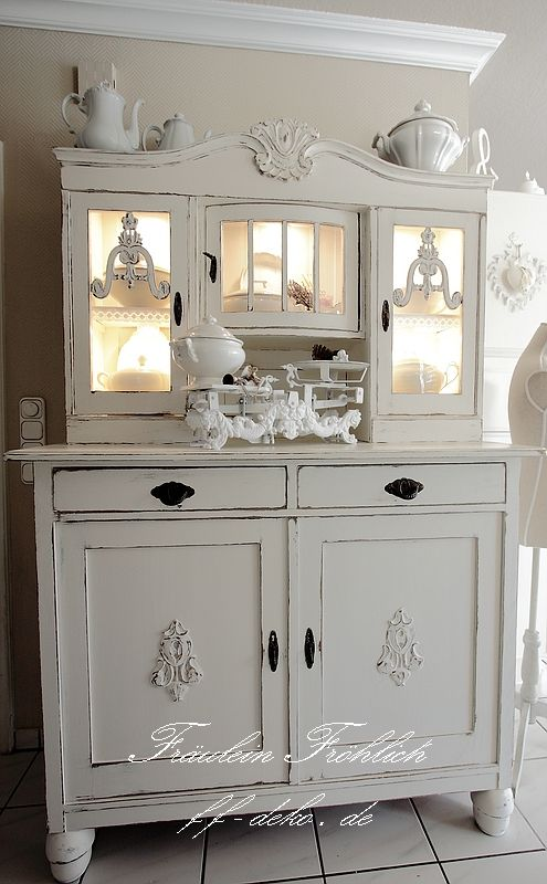 shabby chic buffet shabby pinterest. Black Bedroom Furniture Sets. Home Design Ideas
